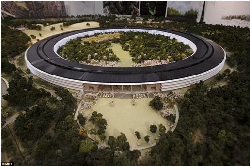 """Cảnh quan xanh choáng ngợp """"Phi thuyền"""" của Apple"""