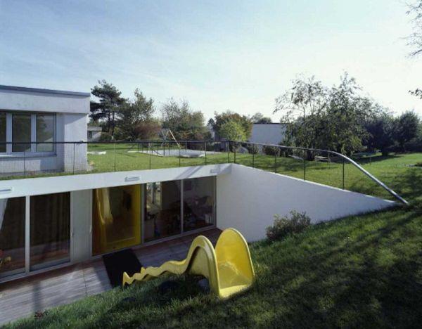 Không gian với cỏ-cây hoàn hảo cho trẻ thơ phát triển