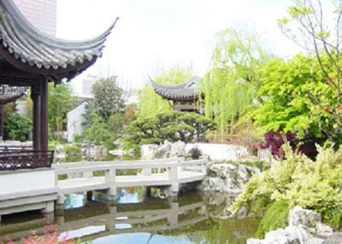 Vườn Trung Quốc tạo được sự cân bằng
