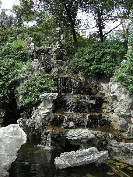 sân vườn Trung Quốc hiện đại vẫn mang nét cổ điển