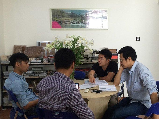 kiến trúc sư họp ý tưởng thiết kế